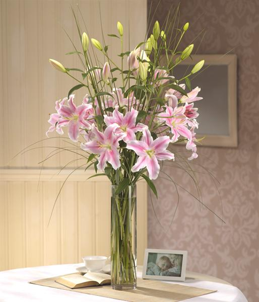 Luxury Lily Vase Tracys Florist Staines